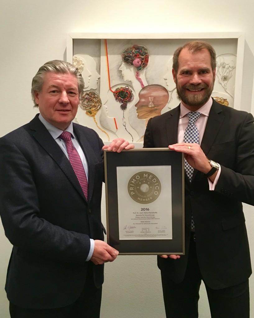 Übergabe des PRIMO  MEDICO-Siegels 2016 an Prof. Bertalanffy