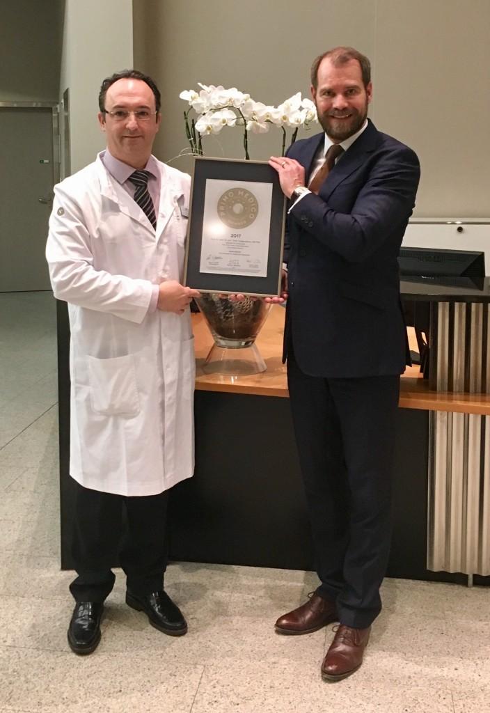 Siegelübergabe 2017 an PRIMO MEDICO-Mitglied Prof. Dr. Valderrabano (Basel)