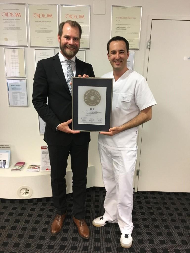 Siegelübergabe 2017 an PRIMO MEDICO-Mitglied Dr. Mallwitz