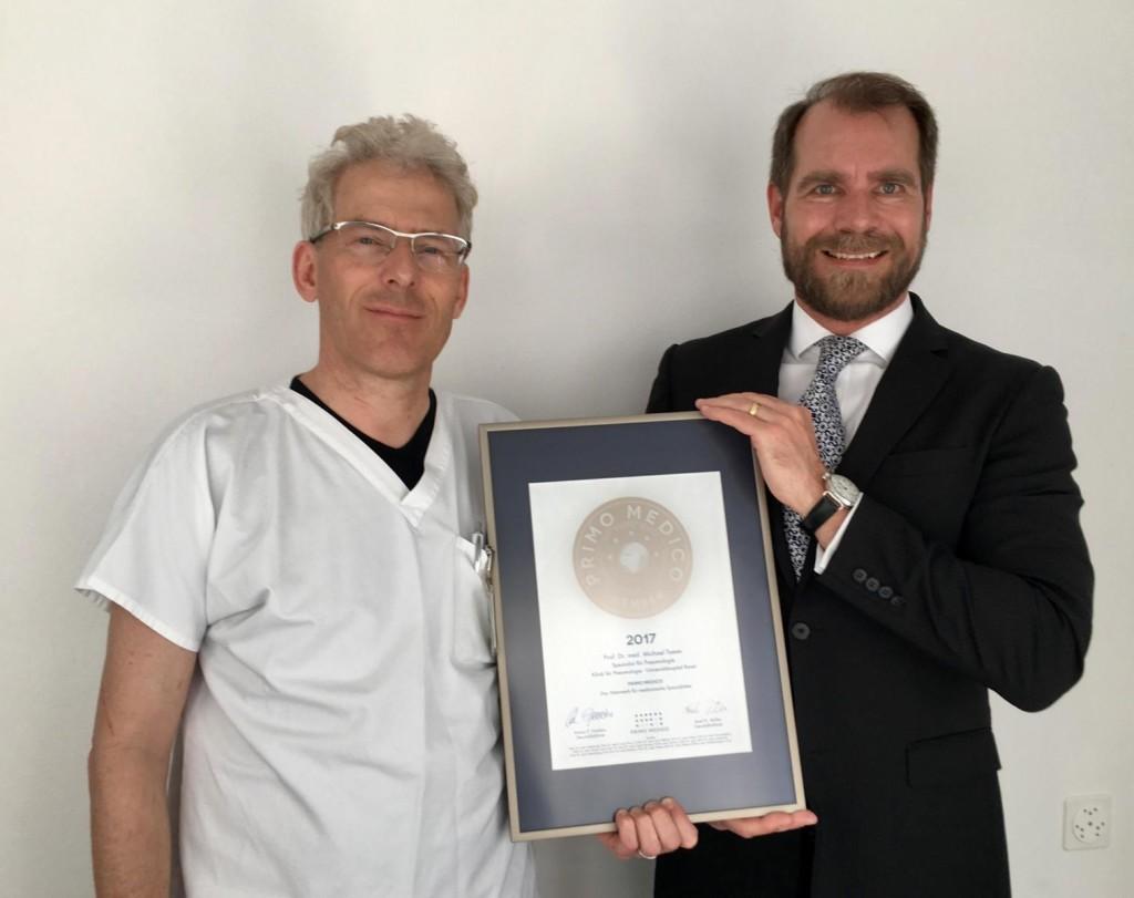 Siegelübergabe 2017 an PRIMO MEDICO-Mitglied Prof. Tamm