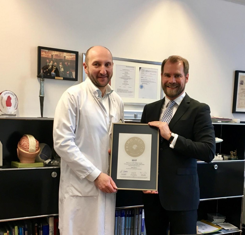 Siegelübergabe 2017 an PRIMO MEDICO-Mitglied Prof. Cesnulis