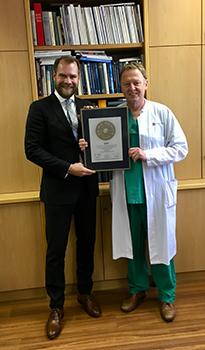 Siegelübergabe 2017 an PRIMO MEDICO- Mitglied Univ.-Prof. Dr. med. Christian-Friedrich Vahl