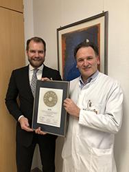 Siegelübergabe 2018 an PRIMO MEDICO- Mitglied Univ.-Prof. Dr. Dr. med. K. Rainer Kimmig