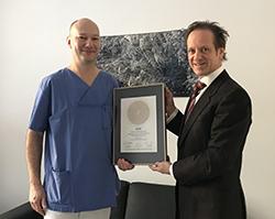 Siegelübergabe 2018 an PRIMO MEDICO- Mitglied PD Dr. med. Thomas Stark