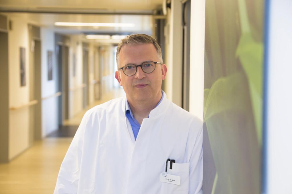 PD Dr. med. Alexander D. Bach