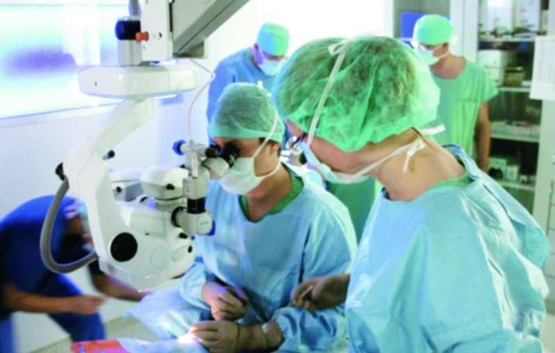 Augenklinik Sulzbach implantiert erfolgreich Augeninnendrucksensor