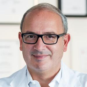 Dr-Staikov-Spezialist-Adipositaschirurgie-Frankfurt-Portrait
