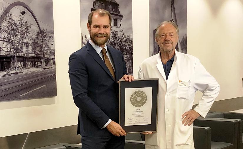 Siegelübergabe Dr. med. Beat Porcellini