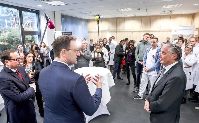 Oberbürgermeister Thomas Kufen und Bundesgesundheitsminister Jens Spahn besuchen das Universklinikum Essen