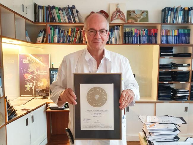 Univ.-Prof. Dr. Dr. med. Thomas J. Vogl - Mitgliedschaft im PRIMO MEDICO Netzwerk bestätigt